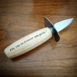 couteau à huitre manche en bois personnalisé