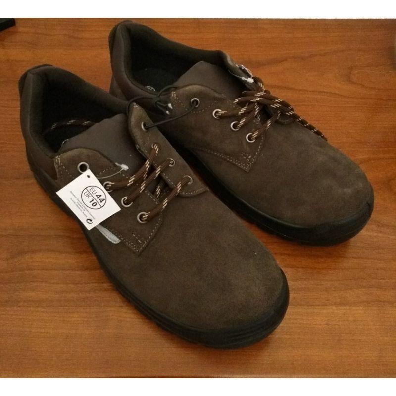 Chaussures de sécurité taille basse pointure 44