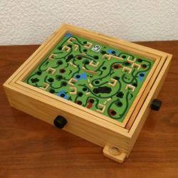 jouet en bois : le labyrinthe 4 en 1