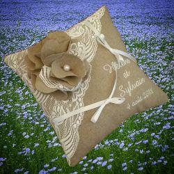 porte-alliances : la fleur de lin