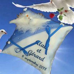 porte-alliances : les colombes (couleur de broderie et voile au choix)