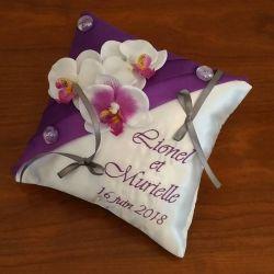 porte-alliances : les orchidées (couleur de voile, fleurs et broderie au choix)