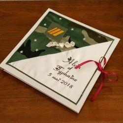 livre d'or personnalisé pour un mariage thème militaire, avec vos prénoms brodés (thème et couleur au choix)