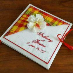 livre d'or personnalisé pour un mariage thème créole, avec vos prénoms brodés (thème et couleur au choix)