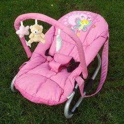 Transat pour petite fille de couleur rose avec peluches